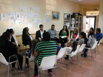 El alcalde de Guadalajara se reunió con miembros del colectivo de gitanos de la ciudad
