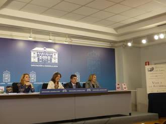 Guarinos destaca la intensa actividad cultural de la Diputación en la presentación del libro 'Recetario del dulce artesano'