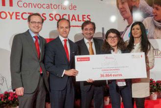 Nipace recibe del Banco Santander un premio como proyecto social