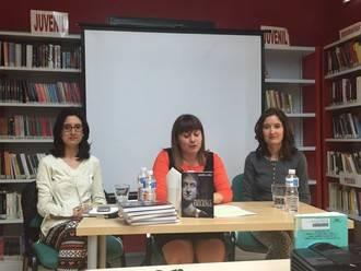 Las hermanas Lara Martínez vuelven a La Casita de las Letras de Villanueva para presentar Memorias de Helena, Constantino, la Cruz y el Imperio