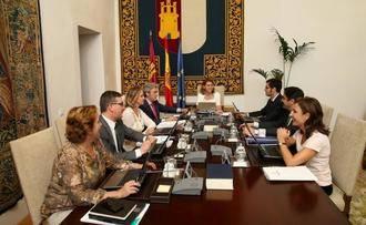 La normativa de Castilla-La Mancha ha permitido prestar 9.220 servicios profesionales más a las personas dependientes
