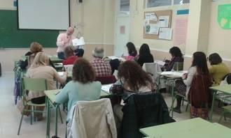 Docentes de toda la provincia participan en un curso formativo sobre exámenes de Cambridge
