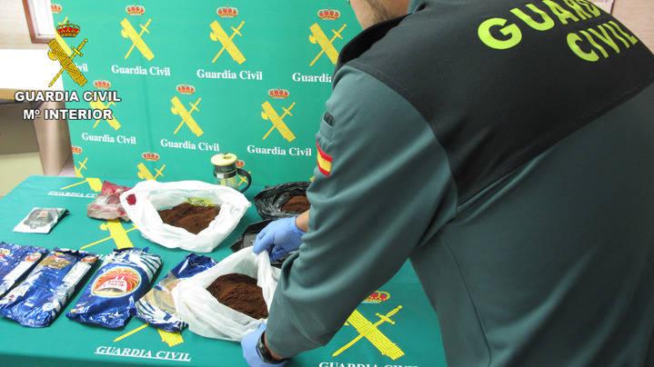 La Guardia Civil detiene en Azuqueca de Henares a una persona por tráfico de drogas