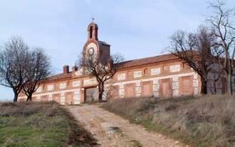Román convocará un concurso de ideas para rehabilitar el Poblado de Villaflores