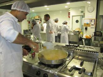 Más de 1.000 personas han participado en el programa de empleo de Cáritas