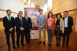 Marín junto a Echániz y Román en el Buero Vallejo con la ópera de El Quijote