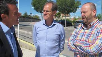 Abel Antón se interesa por los proyectos que en materia deportiva quiere impulsar el candidato popular a la Alcaldía de Alovera