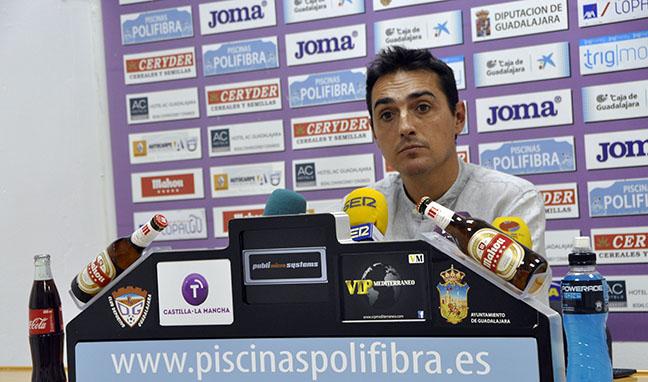 """Salvachúa: """"Tenemos que salir a ganar el partido desde el primer minuto"""""""