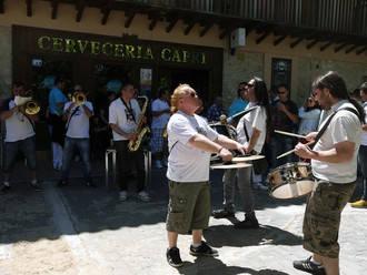 La Complutense, de Alcalá de Henares, ganadora del IV Concurso Nacional de Charangas de Sacedón
