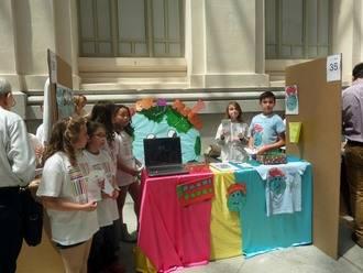 El CEIP Villa de Quer expuso su proyecto 'Sordos por el mundo' en ExpoKids