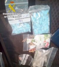 La Guardia Civil detiene en Torremocha del Campo a dos personas e imputa a una tercera por tráfico de drogas