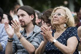La mayoría de españoles, descontentos con los pactos entre partidos para nombrar alcaldes