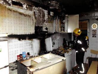 El Consorcio de Bomberos sofoca un incendio en una cocina en Molina de Aragón