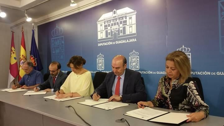 Un nuevo convenio entre Diputación y los cuatro Grupos de Desarrollo Rural eleva su colaboración por encima de los 2 millones de euros