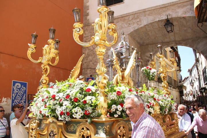 Solemnidad, brillantez y devoción y diversión en el Corpus pastranero
