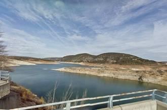 La Confederación Hidrográfica del Tajo formaliza el contrato de la mejora de la carretera de acceso a la presa de La Tajera