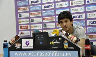 """Abel Molinero: """"Nos valen muchos resultados"""""""