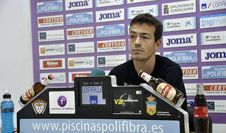 "Borja Yebra: ""Vamos con muchas ganas e ilusión para pasar la eliminatoria"""