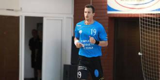 "El lateral izquierdo ""Levi"", primer fichaje del BM Guadalajara"