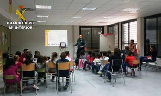 La Guardia Civil ha impartido 184 conferencias en centros de enseñanza de la provincia de Guadalajara durante el pasado curso escolar