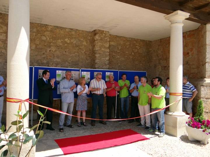 Intensa jornada cultural en Fuentenovilla con el III Mercadillo del Libro de Segunda Mano