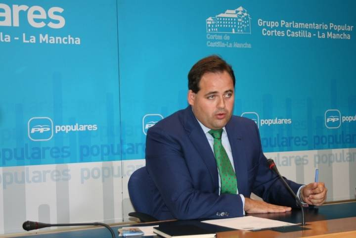 """Núñez afirma que, si mañana Page no comparece en las Cortes, se demostrará que el PSOE quiere hacer un """"circo mediático"""""""