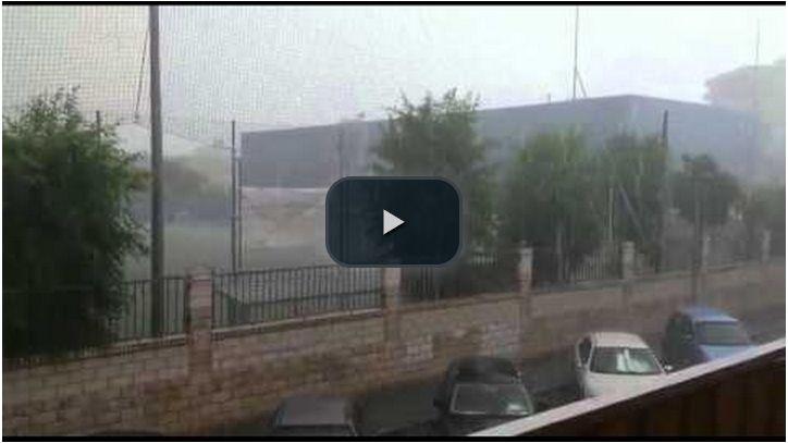 Tormenta de lluvia y granizo en el centro de Guadalajara para estrenar el verano (vídeo)