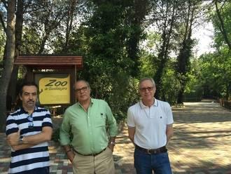 El zoo municipal, objeto de diversas actuaciones de saneamiento de la vegetación