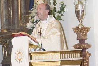 El párroco Agustín Bugeda Sanz celebró sus 25 años de sacedocio