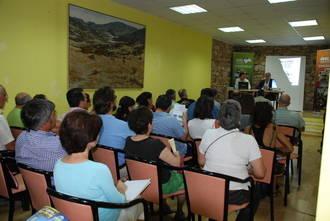 Más internet, iniciativas generadoras de empleo y reordenación del territorio, claves para el futuro de la Sierra Norte