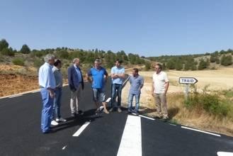 Diputación invierte casi 900.000 euros en acondicionar 16 kilómetros de carretera entre Traid y Alcoroches