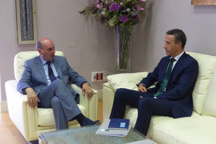 El presidente de la Diputación traslada su apoyo a la UNED para seguir facilitando el acceso a la formación universitaria
