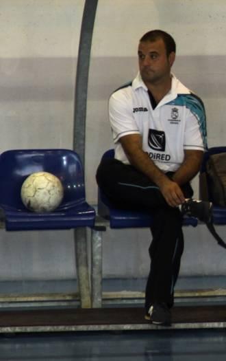 Jose antonio Martín Roa deja de ser el entrenador del primer equipo del FSF Alovera