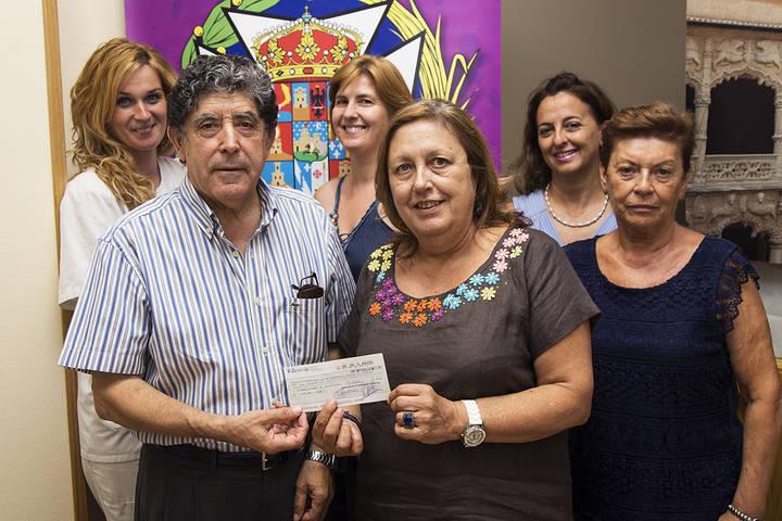 El Colegio de Enfermería dona el 0,7% de sus cuotas a AECC Guadalajara