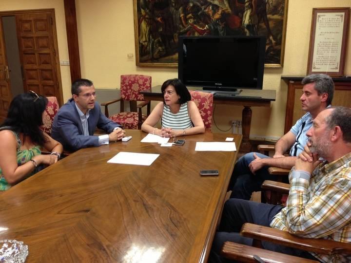Primer contacto con los sindicatos y la patronal desde el nuevo Ayuntamiento de la capital