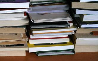 La campaña de recogida de libros de texto y material escolar de la capital finaliza el viernes