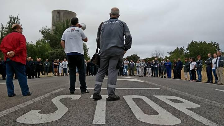 Los trabajadores de Elcogás continúan con sus movilizaciones
