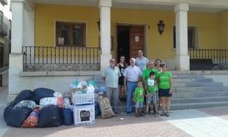 Jadraque entrega más de 200 kilos de tapones a la familia de Nacho para investigar el síndrome de duplicación MECP2
