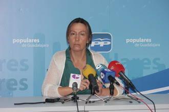 """Ana Guarinos: """"La gestión económica y financiera de Cospedal al frente del gobierno regional ha sido impecable y ejemplar"""""""