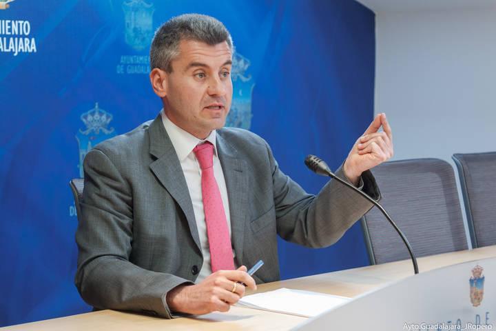 """Alfonso Esteban: """"La moción de Transparencia está en vías de cumplimiento, aquí nadie tenemos nada que ocultar"""""""