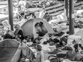 No se pierda la foto de dos sirios que ha dado la vuelta al mundo