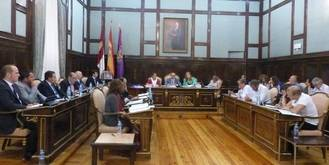 El PSOE rechaza en Diputación una moción para defender el agua