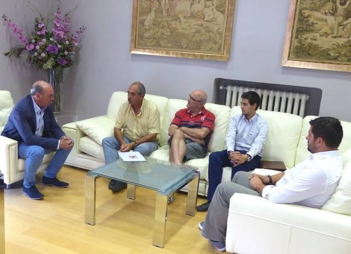 Diputación muestra su apoyo a Gentes de Guadalajara en el 25 aniversario del Tenorio Mendocino