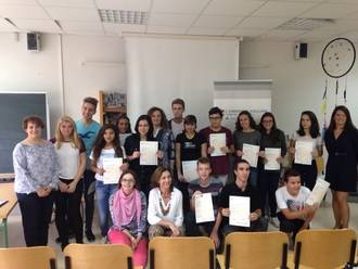 Los alumnos del IES San Isidro recogen sus títulos de Cambridge