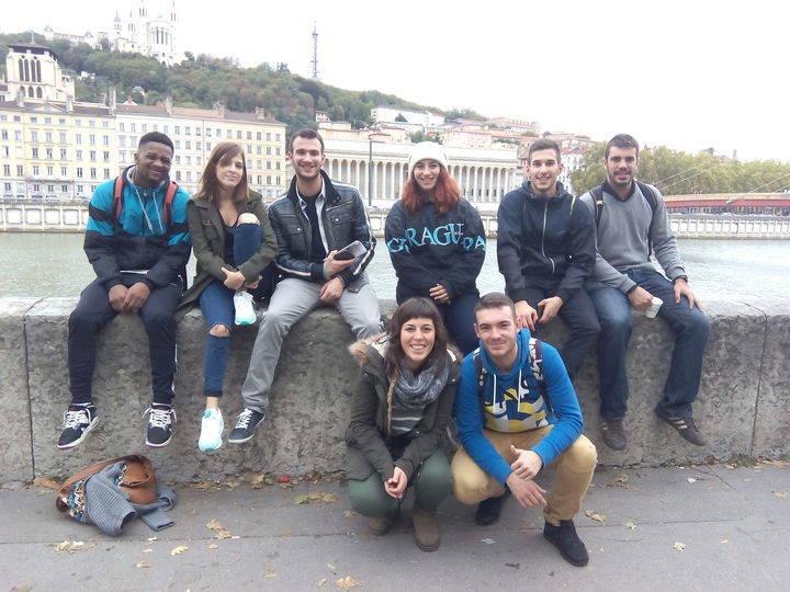 Siete jóvenes cabanilleros regresan de un intercambio a Lyon organizado por el Centro Joven