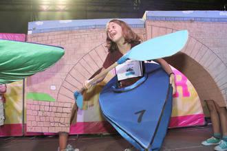 Un original 'Descenso infantil del Tajo', con puente incluido, gana el concurso de disfraces