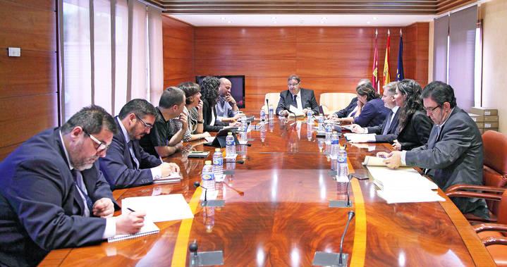Se abre 'el juego' por la designación del tercer senador de Castilla-La Mancha