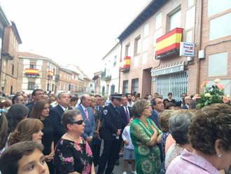 El presidente de la Diputación de Guadalajara acompaña a los casareños en la procesión de la Virgen de la Antigua