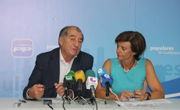 """Los senadores del PP por Guadalajara defienden la gestión económica de Cospedal frente a """"las mentiras y manipulaciones de Page"""""""