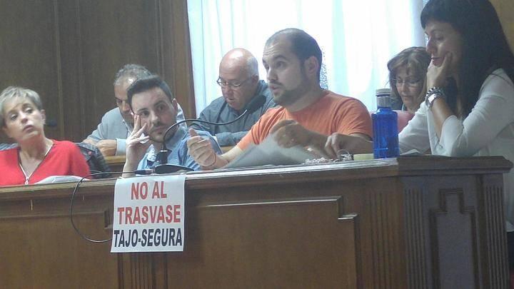 Azuqueca aprueba las propuestas de Ciudadanos por una mayor transparencia en contratos públicos y la defensa de un Pacto Nacional del Agua